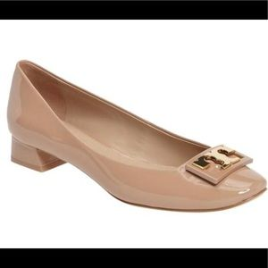 Tory Burch Beige Nude Gigi Patent Leather Pumps